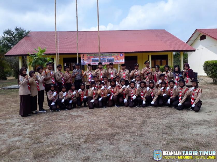 Dalam Peringatan Hari Pramuka di Kwartir Tabir Timur, Camat Tabir Timur Bertindak Sebagai...