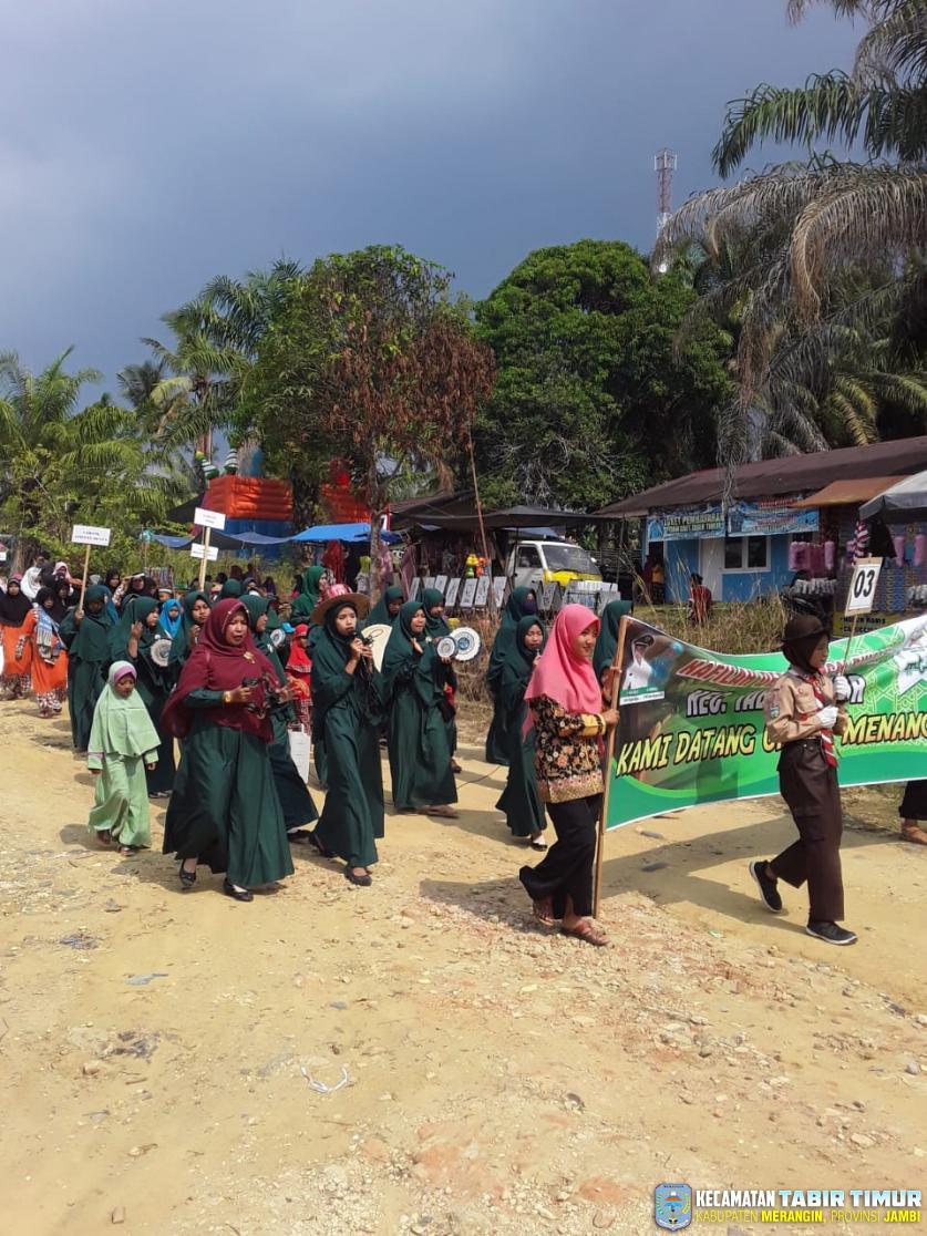 Pelaksanaan MTQ Ke-2 Tingkat Kecamatan Tabir Timur, di Awali Dengan Pawai Ta'aruf