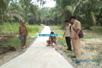 Pembangunan Rapat Benton Dusun Lebak Bento Tahap I Desa Sungai Limau