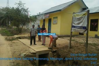 Pembuatan Plat Deker Jalan Merak Tahap I Desa Sungai Bulian